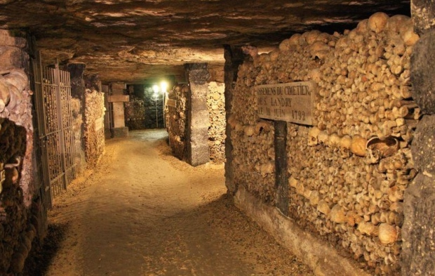 Catacombes_de_Paris_Denfert_Rochereau111